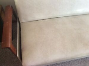 Vintage Day/night fold out couch. Original, white 'Reindeer' vinyl