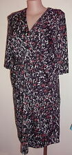 Target dress size 18 black white coral stretch print 3/4 sleeves vee neckline