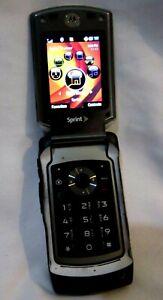 Sprint Motorola Razor V3i Silver Flip Phone (Lock/Unlocked-Powers Up)-Used!