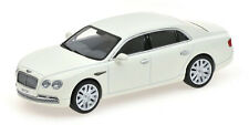 Kyosho 1:43 05561GW Bentley Flying Spur W12 Glacier Blanco NEW