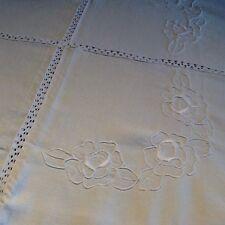 Superbe nappe ancienne lin écru, brodée et entre deux de dentelles, 200 x 130 cm