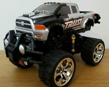 MONSTER Truck Off Road Stunt impennate Ricaricabile Radio telecomando auto 1:18