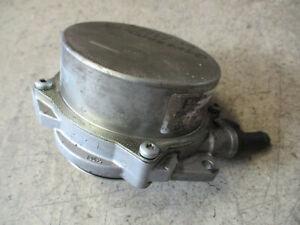 Unterdruckpumpe Vacuumpumpe Audi A4 8E A5 8T A6 4B A8 4E Q7 4L Pumpe 057145100AC
