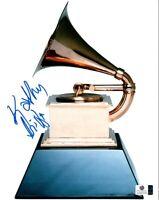 Kathy Griffin Signed Autographed 8X10 Photo Grammy Award Image GV837076