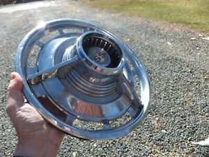 USED CHEVROLET HUBCAP 1960's CHEVY SS IMPALA VINTAGE WHEEL COVER - Fair/Good