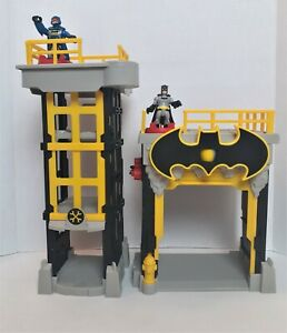 Imaginext DC Super Friends Batman Streets of Gotham City Tower Playset Mattel