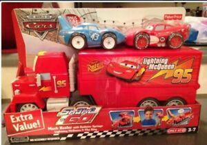 Shake 'n Go Pixar Cars Mack Hauler w/ Radiator Springs Lightning McQueen & King