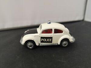T254-HUSKY No3 VOLKSWAGEN 1300 POLICE CAR