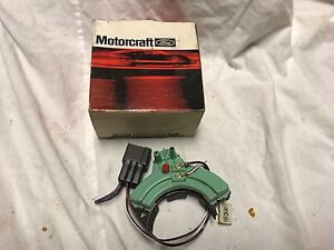 NOS 1970-71 DOSZ-15520-A FORD THUNDERBIRD LINCOLN MARK III BACK-UP LIGHT SWITCH