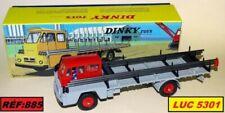 Camions miniatures gris Dinky