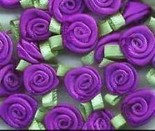 Rubans et nœuds de mariage violet