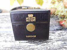 Ancien gratte allumettes pyrogène forme boite Berry's London Asprey  à système