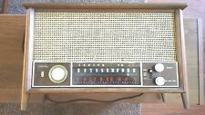 Zenith tube radio model T2542