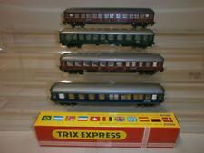 Trix Modellbahnen der Spur H0 aus Kunststoff mit Konvolut Personenwagen-Express