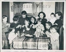 1937 French Calvier Family Wins Money From Cognac Jay Foundation Press Photo
