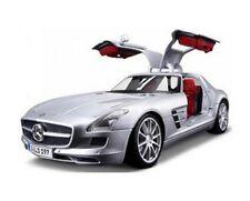 MAISTO MERCEDES-BENZ SLS AMG 1:18 DIECAST CAR SPECIAL EDITION 36196 SLIVER