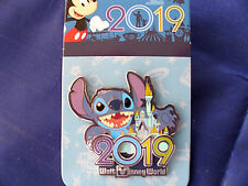 Disney * WDW DATED 2019 - STITCH * New on Card Trading Pin
