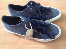 Ladies/girls Size 3 denim Chambray Canvas Shoes, New Shop Clearance