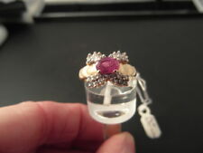 Q79 Ladies 14ct Ruby and Diamond ring size L