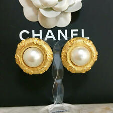 Logo diameter about 1.45 inch Auth Chanel Earrings Gold Pearl Round Gold Cc