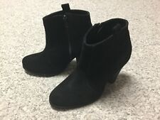 New Asos Aggie Black Suede  Zip Up Ankle Boot Bootie Size 6 UK 4