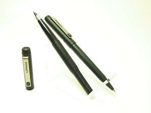 "PARKER VECTOR "" Lufthansa "" Black Matte Rolllerball & Pencil As SET"