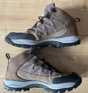 salomon mens walking boots Size 8.5 Trusted Ebay Seller - Fab Condition