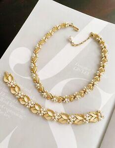 Vintage Trifari Pearl Rhinestone Gold Tone Necklace Bracelet