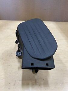 2014 Maserati Ghibli Right Air Cleaner Filter Box 670001543 OEM LP