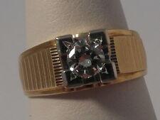 Q44 Stunning Ladies / Gents 18ct gold 0.58 carat VVS2 H Diamond solitaire ring