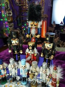 11 Traditional Wooden CHRISTMAS NUTCRACKER SOLDIER  JOBLOT