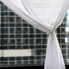 Rideaux et cantonnières voilages blancs en voile pour la maison