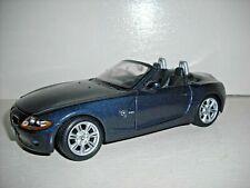 Maisto BMW Z4 2.5i roadster 1/24th scale metallic blue