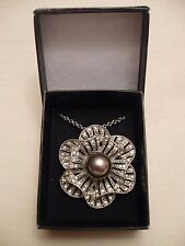 AVON SILVER TONE CRYSTAL and FAUX PEARL PENDANT NECKLACE / BROOCH BNEW