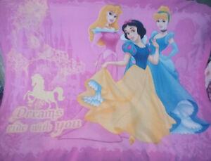 Disney Princess (Snow White,Aurora,Cinderella) Fleecy Comforter/Throw/Blanket