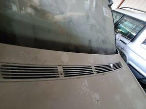 1998 1999 2000 2001 BMW E38 740i 740iL INTAKE HOOD DEFROST VENT SILVER