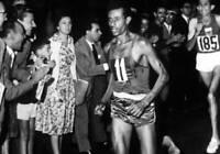 OLD 1960 ROME OLYMPIC PHOTO Mens Marathon Ethiopias Abede Bikilia