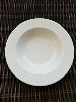 "Set of 2 ONEIDA Westerly Basket 9"" Rimmed Soup Pasta Bowls White EUC"