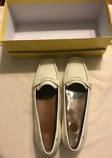 Circa Joan & David Women White Patent Loafer Shoe 7 Med, Excellent Pre-owned