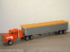 International With Gran Trailer van Ertl 1:64 *6831