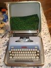 1958-1962+ROYAL+FUTURA+800+BLUE%2FGRAY+TYPEWRITER+IN+HARD+CASE+W%2FCOVER-NICE