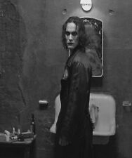 THE CROW MOVIE ERIC DRAVEN BRANDON LEE 8X10 GLOSSY PHOTO PHOTOGRAPH