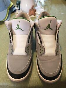 Air Jordan 3 Chlorophyll (Style Code: 136064-006)
