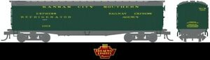 "New BWL1829 GACX 53'6"" Wood Express Reefer, KCS #1404, Pullman Green, HO"