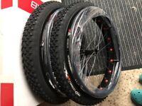 """FAT WHEEL 24"""" x 1.95 Breiträder Rollstuhl-Breiträder Offroadräder"""