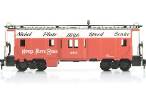 HO Athearn Nickel Plate (NKP) 36ft Bay Window Caboose Assembled Kit Excellent