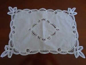Vintage Linen Tray Cloth Table Mat Tape Lace, Embroidered 41 x 29 cm