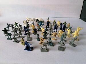 47x alte Mini-Soldaten aus Plastik*70er Jahre*Figuren*Pferde*Spielzeug*Militär