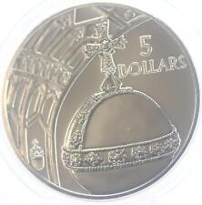 Salomon îles 2002 5 Dollars Orb et fenêtre pièce de monnaie