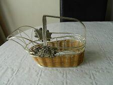 Vintage metal wine bottle basket / holder / carrier / pourer